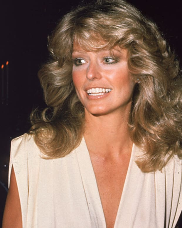 farrah-fawcett-9542358-2-raw