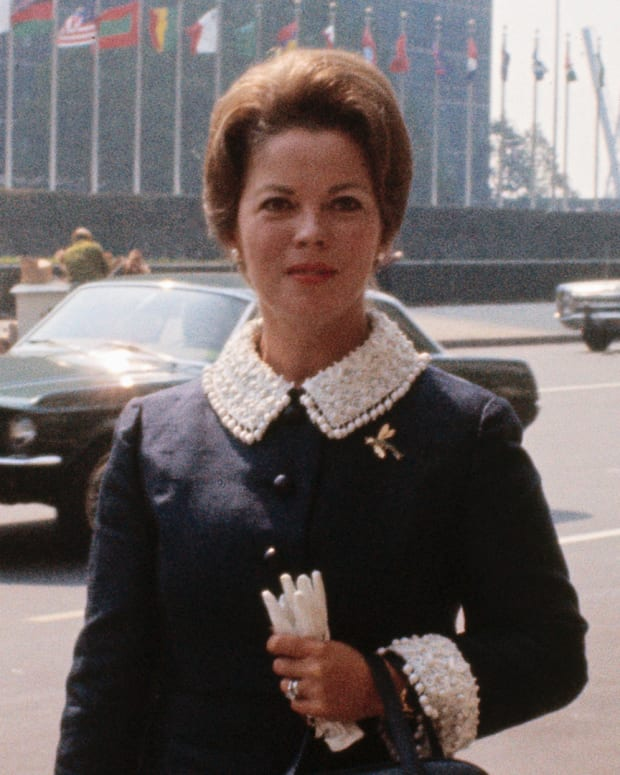 Shirley Temple Black outside the United Nations