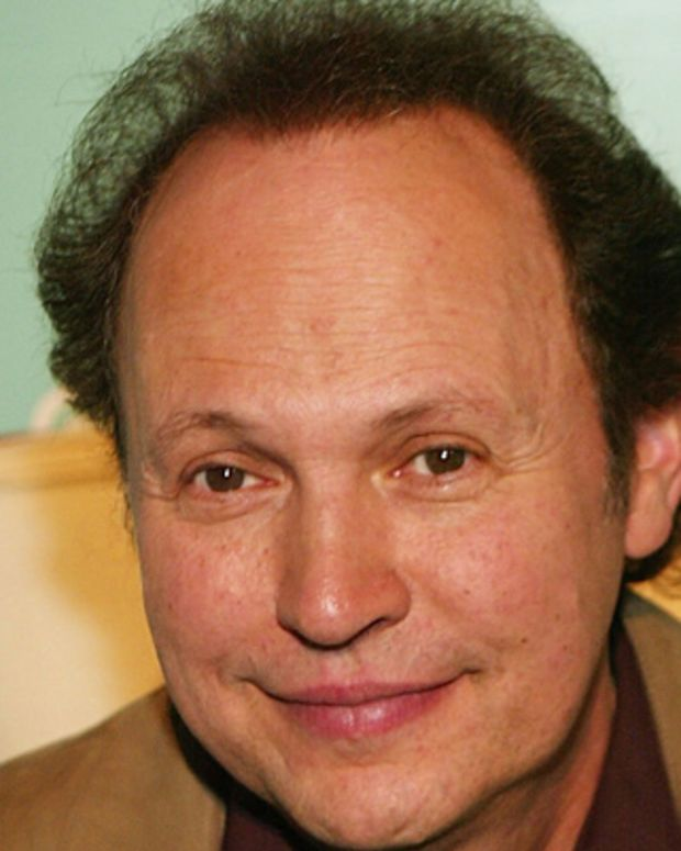 Billy-Crystal-9262777-1-402