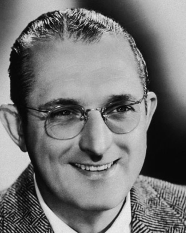 Tommy-Dorsey-9277676-1-402