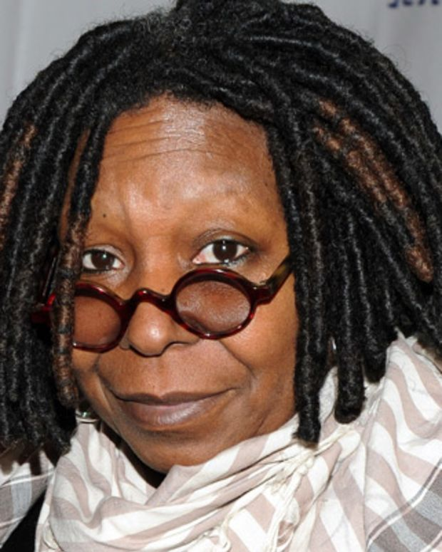 Whoopi-Goldberg-9314384-1-402