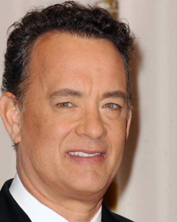 Tom-Hanks-9327661-1-402