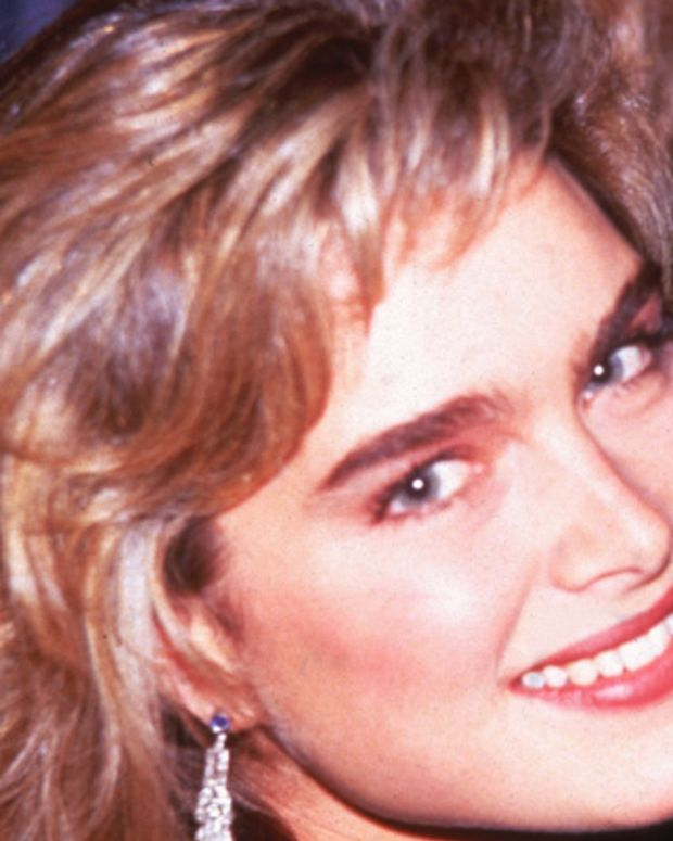 Brooke-Shields-9542246-1-402