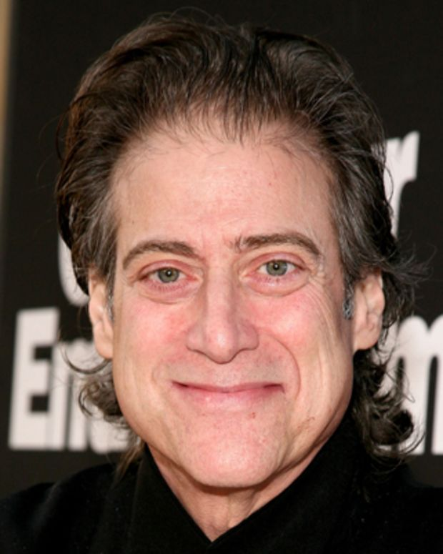 LOS ANGELES, CA - SEPTEMBER 15:  Actor Richard Lewis arrives at HBO's 'Curb your Enthusiasm' Season 7 on September 15, 2009 in Los Angeles, California.  (Photo by Valerie Macon/Getty Images)