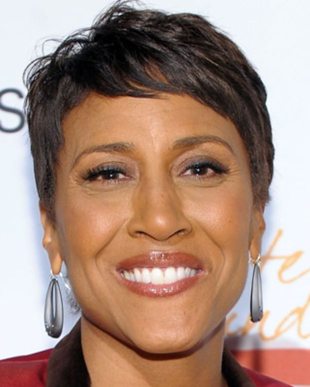 NEW YORK - MAY 03: Journalist Robin Roberts attends the New York Gala benefiting The Steve Harvey Foundation at Cipriani, Wall Street on May 3, 2010 in New York City.  (Photo by Michael Loccisano/Getty Images for The Steve Harvey Foundation) *** Local Caption *** Robin Roberts