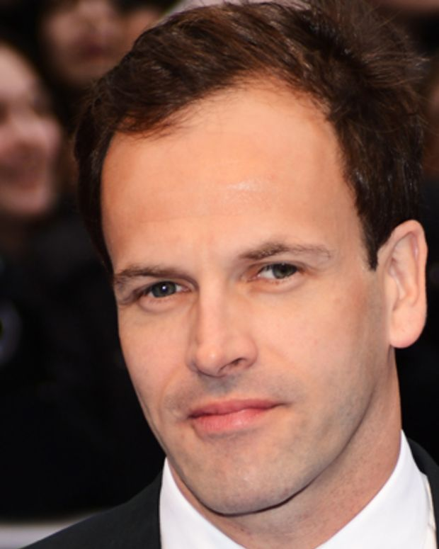 LONDON, ENGLAND - MAY 09:  Actor Jonny Lee Miller attends the UK premiere of 'Dark Shadows' at Empire Leicester Square on May 9, 2012 in London, England.  (Photo by Ian Gavan/Getty Images)