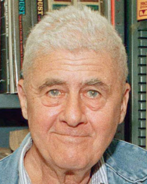 Washington Universitys Howard Nemerov poses, Aug. 18, 1988, St. Louis, Mo. The 68-year-old easy moving man has been selected to be the next poet laureate of the United States. (AP Photo/James A. Finley)
