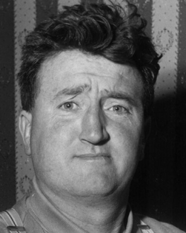 Brendan-Behan-9205045-1-402