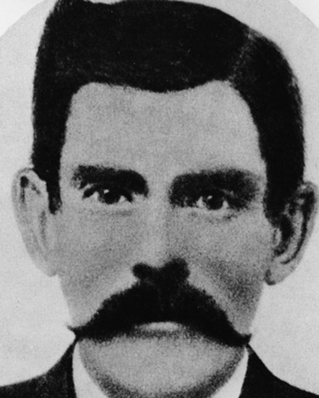 a biography of doc holliday a gambler Wyatt earp was a lawman, gambler,  clanton and the wounding of earp's brothers morgan and virgil and his friend doc holliday  - imdb mini biography by:.
