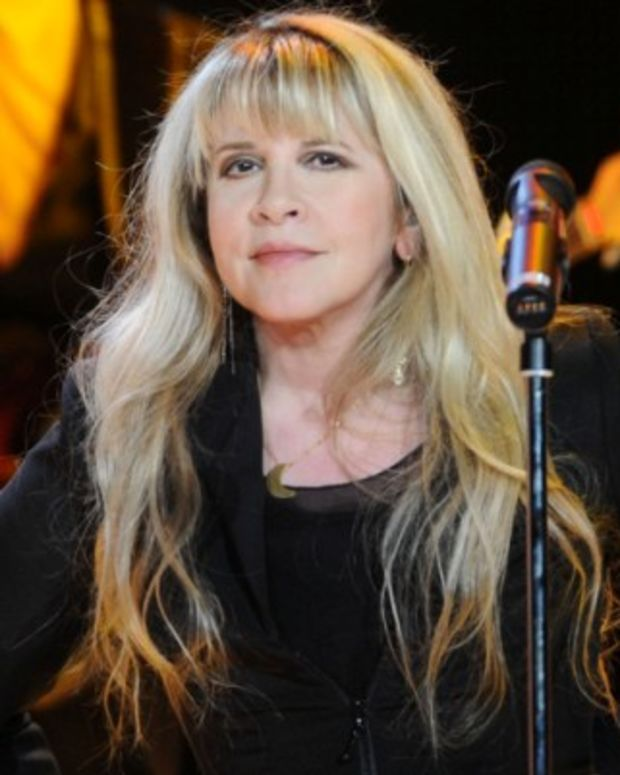 Stevie-Nicks-9542187-1-402