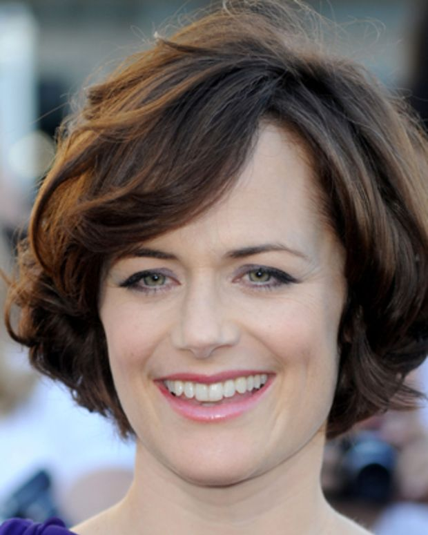 LOS ANGELES, CA - JUNE 24:  Actress Sarah Clarke arrives to the premiere of Summit Entertainment's 'The Twilight Saga: Eclipse' during the 2010 Los Angeles Film Festival at Nokia Theatre L.A. Live on June 24, 2010 in Los Angeles, California.  (Photo by Frazer Harrison/Getty Images) *** Local Caption *** Sarah Clarke