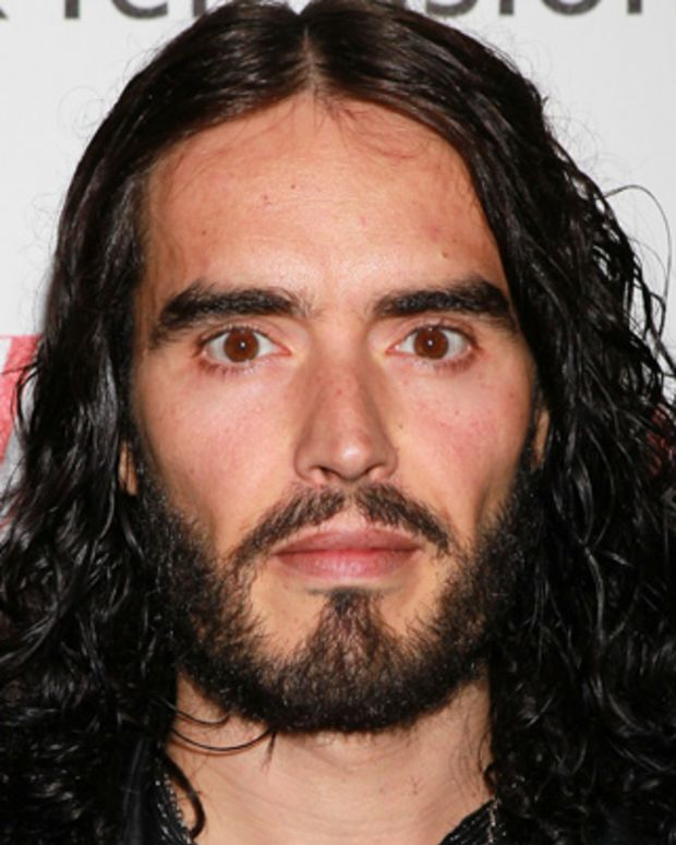 Russell-Brand-20793249-1-402