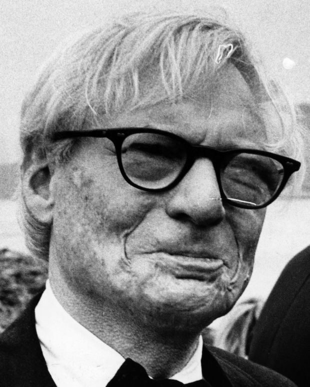 Close-up of Estonian-born American architect Louis Kahn (born Itze-Leib Schmuilowsky, 1901 - 1974) as he attends an unspecified, outdoor event, New York, New York, September 24, 1973. (Photo by Fred W. McDarrah/Getty Images)
