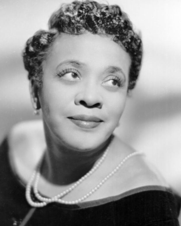 Moms-Mabley-38691-1-402