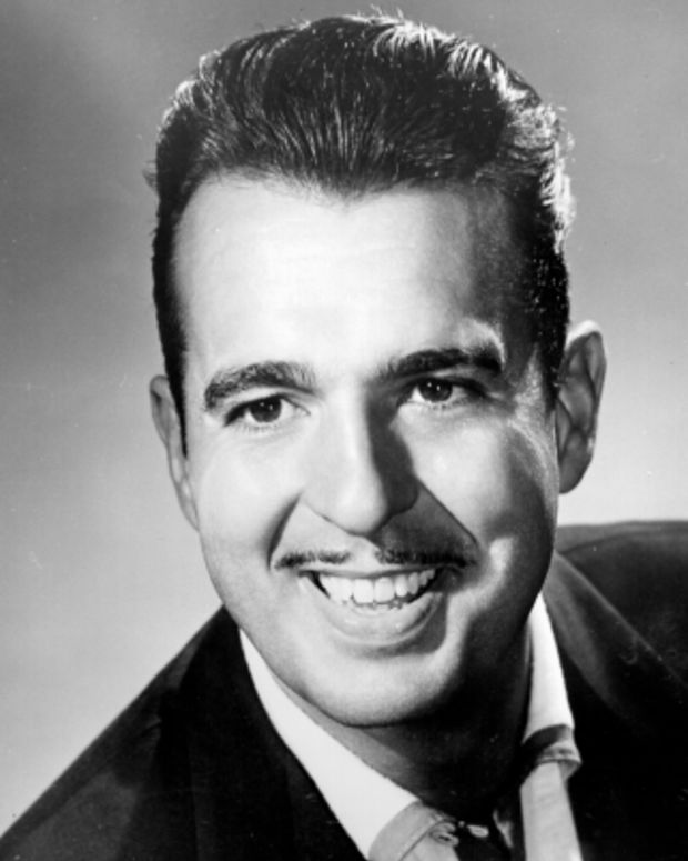 Tennessee-Ernie-Ford-251026-1-402