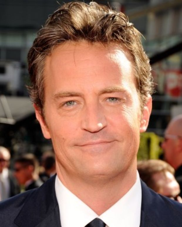 Matthew-Perry-377856-1-402