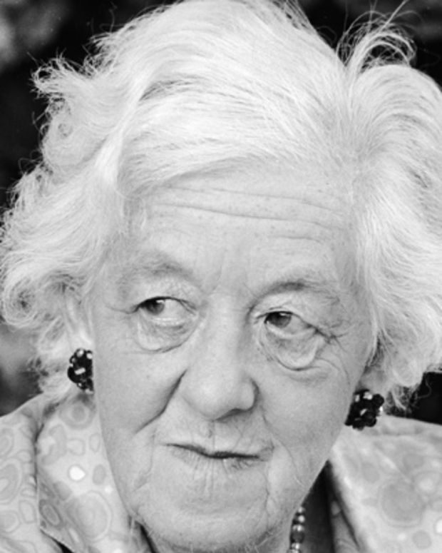 Dame-Margaret-Rutherford-9468041-1-402