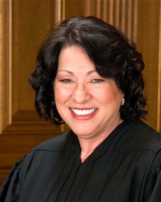 Sonia Sotomayor official portrait