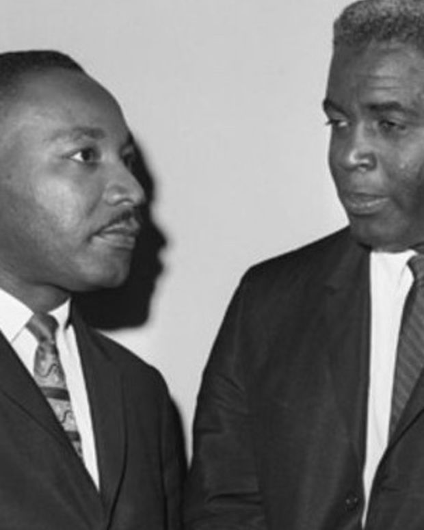 martin_luther_king_jr_jackie_robinson
