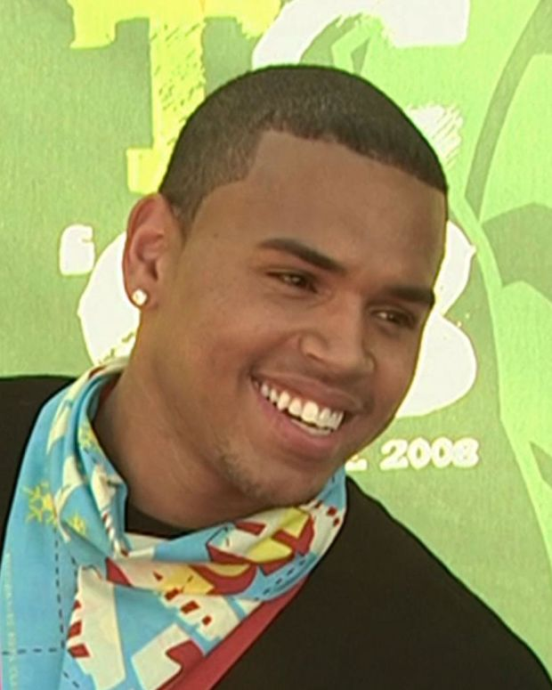 Chris Brown - Mini Biography