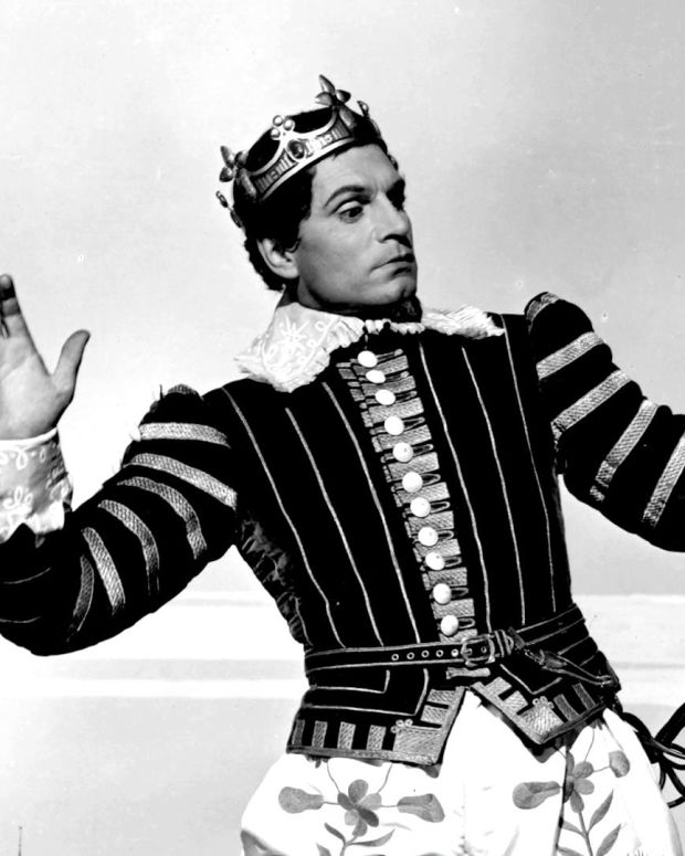 Laurence Olivier - King of Stage and Screen