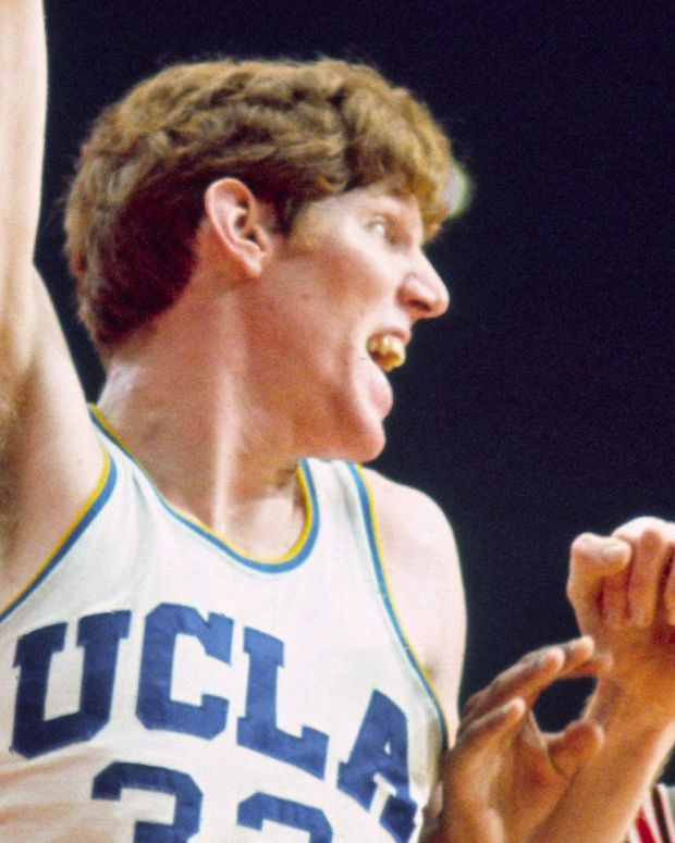 Bill Walton - Mini Biography
