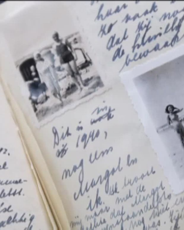 Anne Frank - Mini Biography