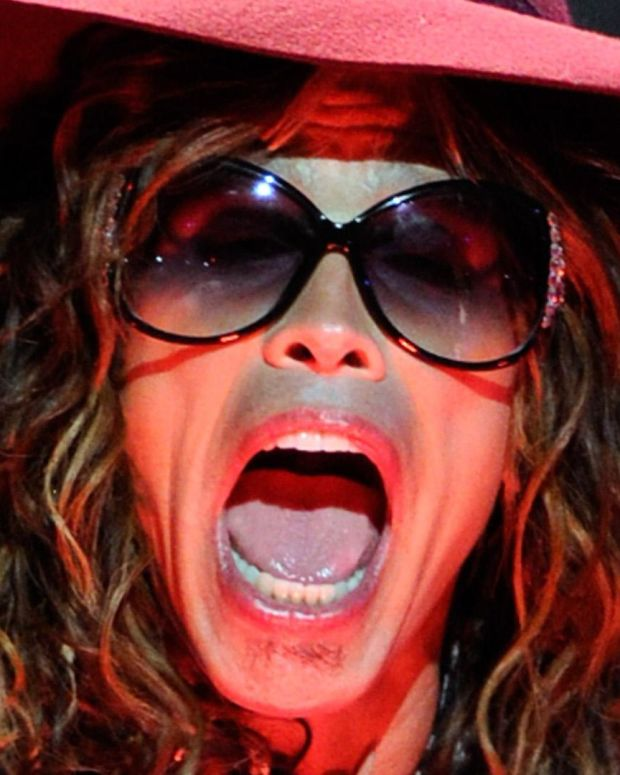 Steven Tyler - Mini Biography