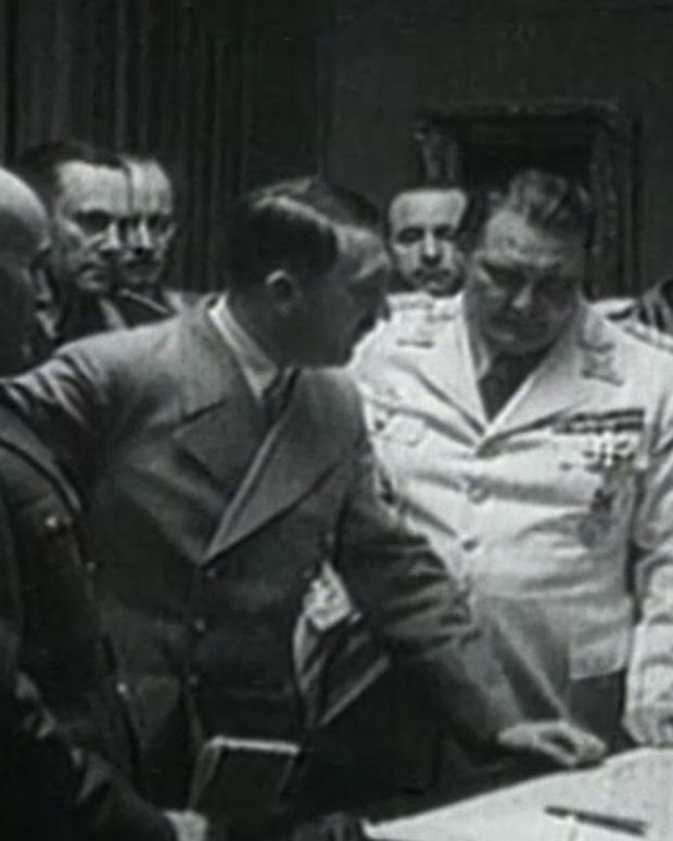 Mussolini - Alliance with Hitler