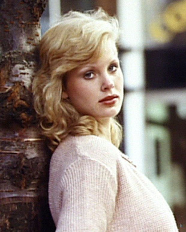 Dorothy Stratten - Full BIography