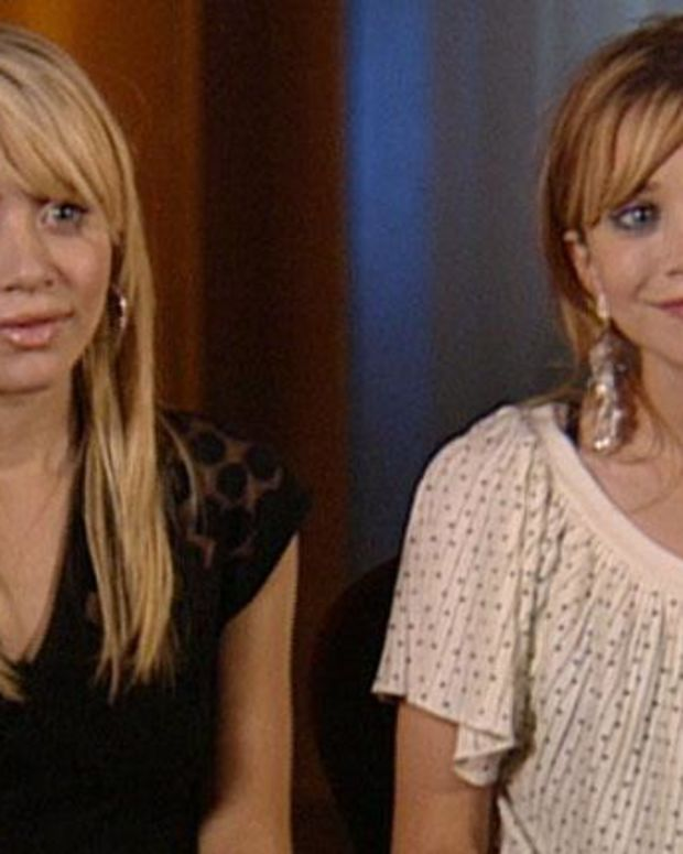 Mary-Kate and Ashley Olsen - Full Biography