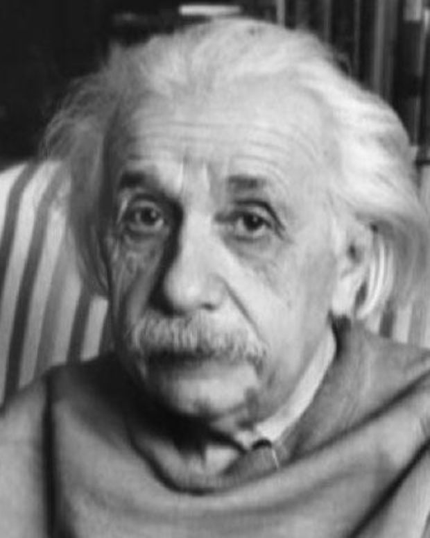 Albert Einstein - Mini Biography