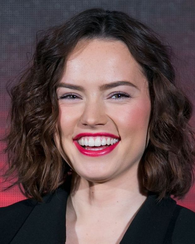 daisy-ridley-gettyimages-500708528_1600_getty_images_promo