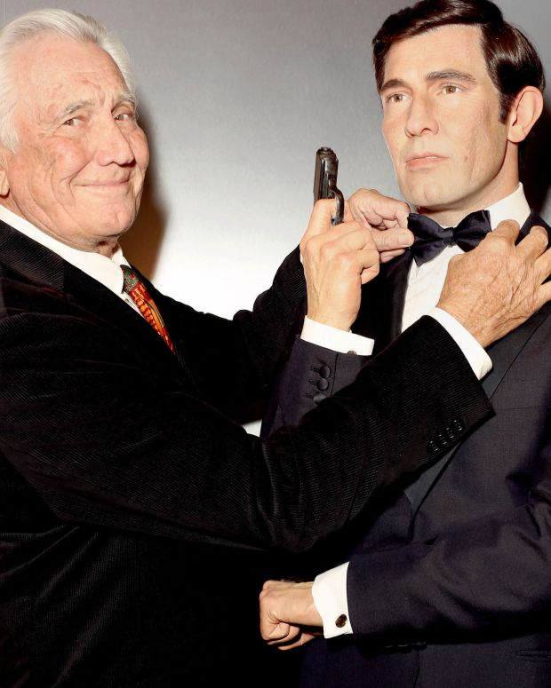 George Lazenby at Madame Tussauds Hollywood in 2015