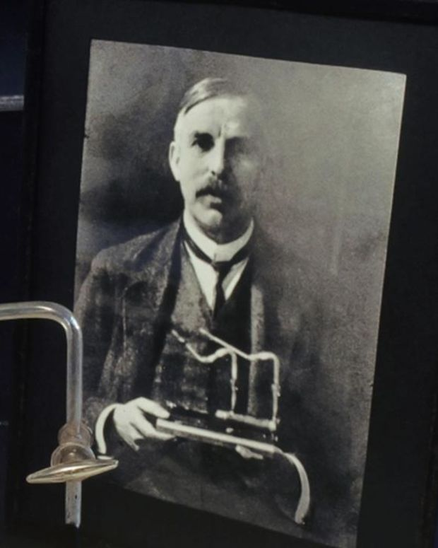 Biography: Ernest Rutherford