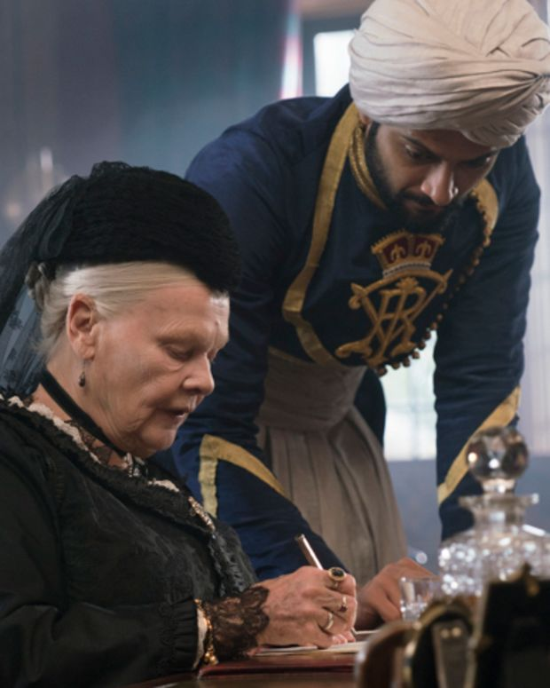 Judi Dench and Ali Fazal in 'Victoria and Abdul'