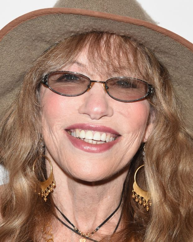 Carly Simon photo via Getty Images