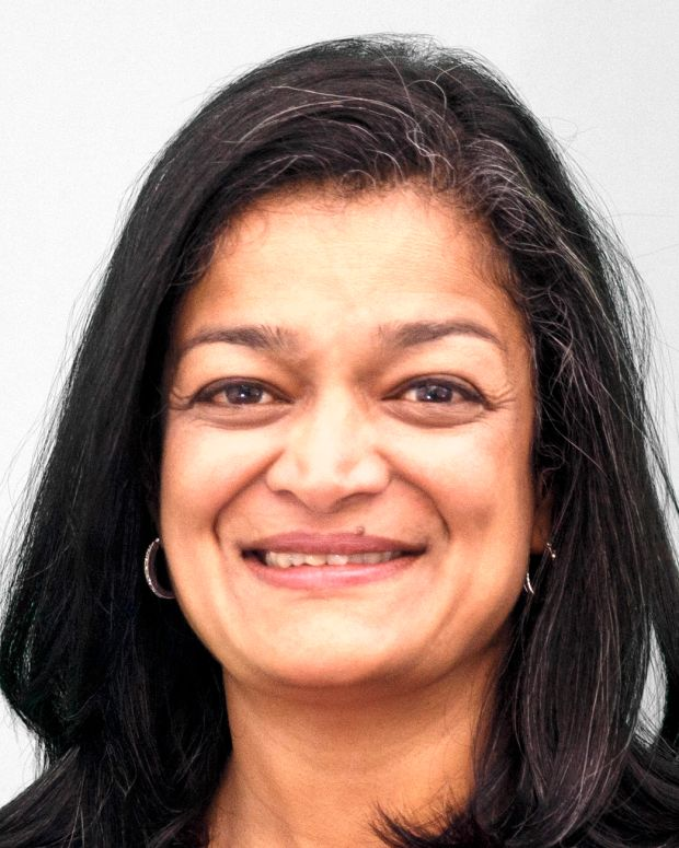 Pramila Jayapal Photo