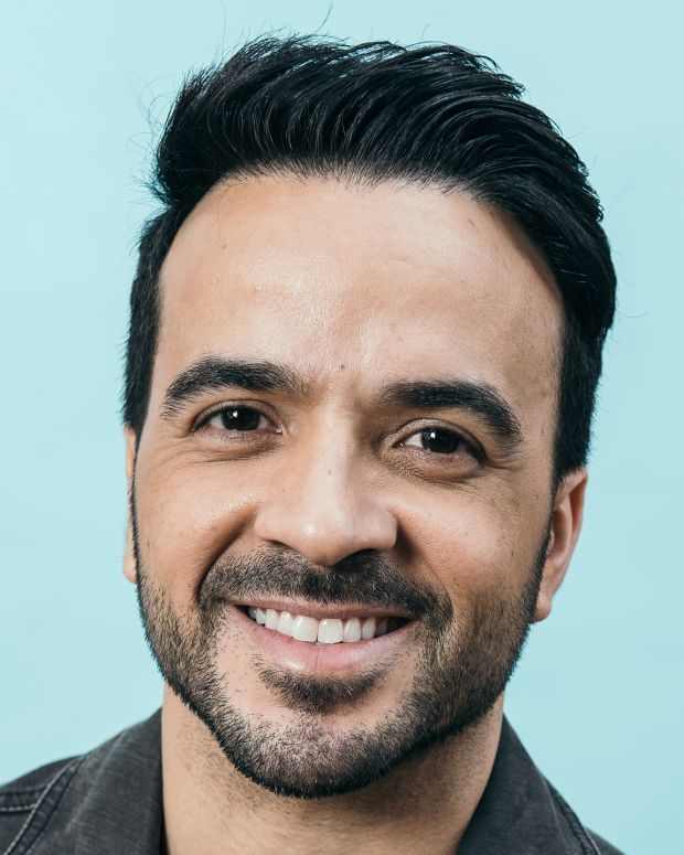 Vida Luis Fonsi: Famous Biographies & TV Shows
