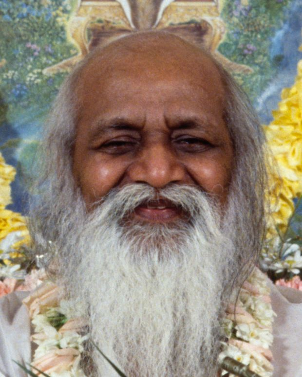 Maharishi Mahesh Yogi Photo