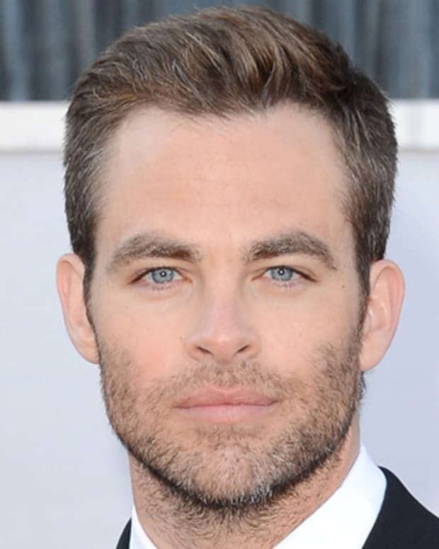 HOLLYWOOD, CA - FEBRUARY 24:  Actor Chris Pine arrives at the Oscars at Hollywood & Highland Center on February 24, 2013 in Hollywood, California.  (Photo by Jason Merritt/Getty Images)