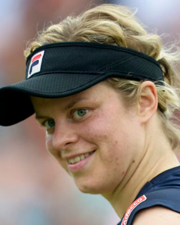 ROSMALEN, THE NETHERLANDS - JUNE 21: Kim Clijsters of Belgium smiles during the quarter final match against Francesca Sciavoni of Italy of day five of the WTA Unicef Open 2012 on June 21, 2012 in Rosmalen, Netherlands. (Photo by Peter De Voecht/Photonews via Getty Images)