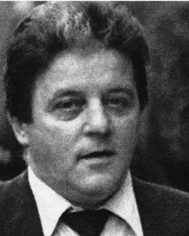 Alleged crime figure Anthony Spilotro, with his wife Nancy at his racketeering trial in Las Vegas, Nevada on June 17, 1986, is reported missing by Chicago authorities. Spilotros brother, Michael, is also reported missing. The brothers were last seen leaving Michaels Oak Park, Ill., home on Saturday. (AP Photo/Scott Henry)