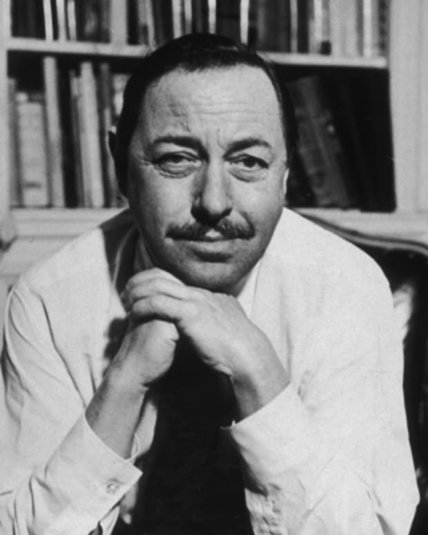 Tennessee-Williams-9532952-1-402