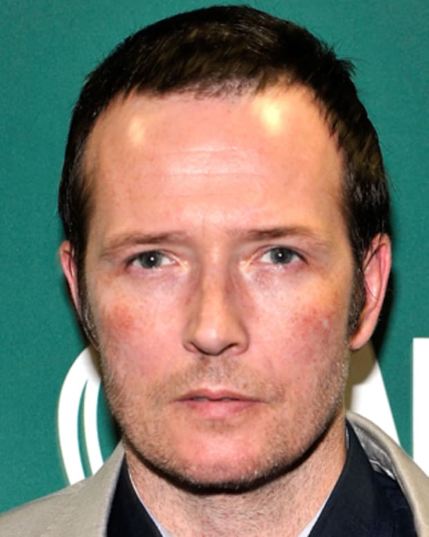 NEW YORK, NY - MAY 17:  Recording artist Scott Weiland promotes his new book 'Not Dead & Not For Sale' at Barnes & Noble Union Square on May 17, 2011 in New York City.  (Photo by Joe Corrigan/Getty Images)