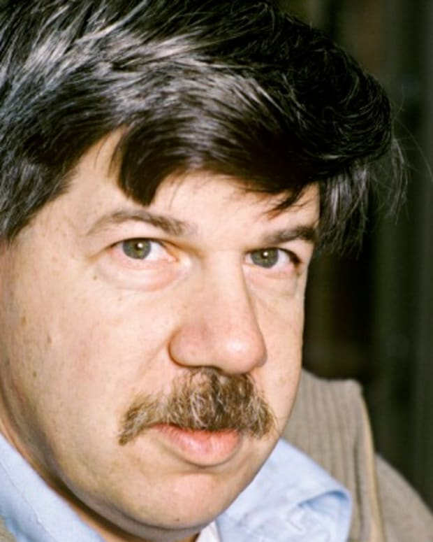 Stephen-Jay-Gould-9316907-1-402