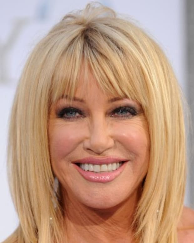 Suzanne-Somers-12385151-1-402