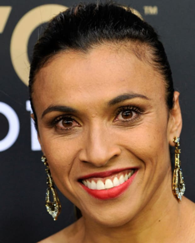 ZURICH, SWITZERLAND - JANUARY 07:  Marta of Brazil poses during the red carpet arrivals of the FIFA Ballon d'Or Gala 2013 at Congress House on January 7, 2013 in Zurich, Switzerland.  (Photo by Harold Cunningham/Getty Images)