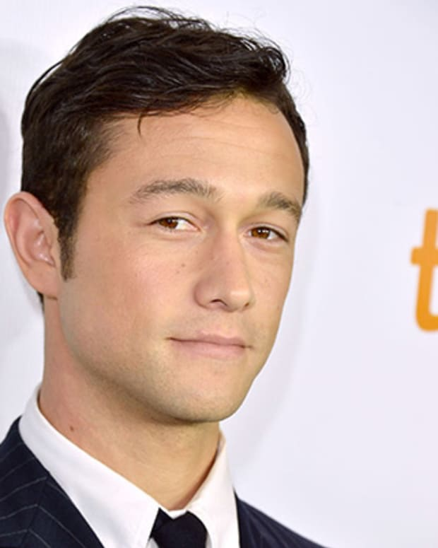 TORONTO, ON - SEPTEMBER 06:  Actor/Executive Producer Joseph Gordon-Levitt attends the 'Looper' opening night gala premiere during the 2012 Toronto International Film Festival on September 6, 2012 in Toronto, Canada.  (Photo by George Pimentel/Getty Images)