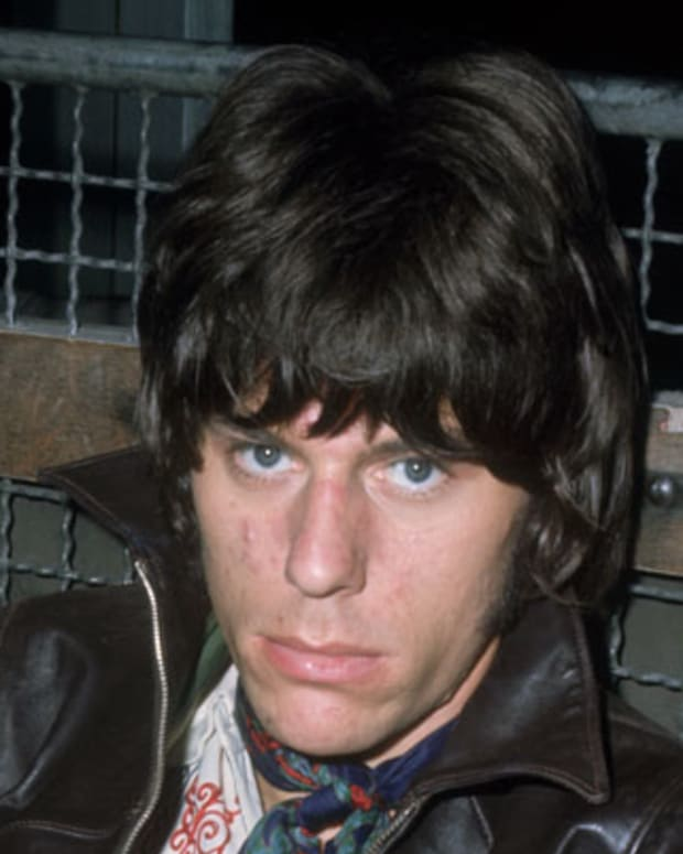 1967:  Jeff Beck, former guitarist of the Yardbirds but now going it alone with his new solo single, 'Tallyman'.  (Photo by Keystone/Getty Images)